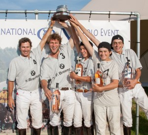 Results: 1e Hot Conjeos, 2e Vreeland,  3e QM Polo Team, 4e Bad Boys